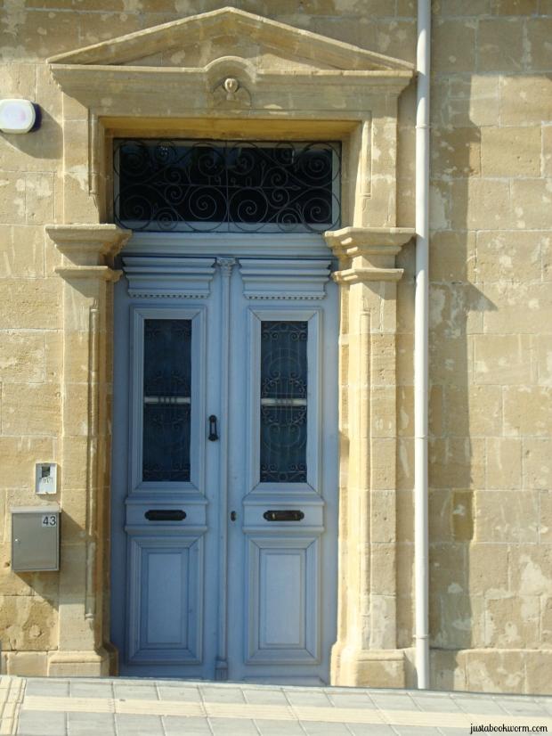 bookworm_doors2