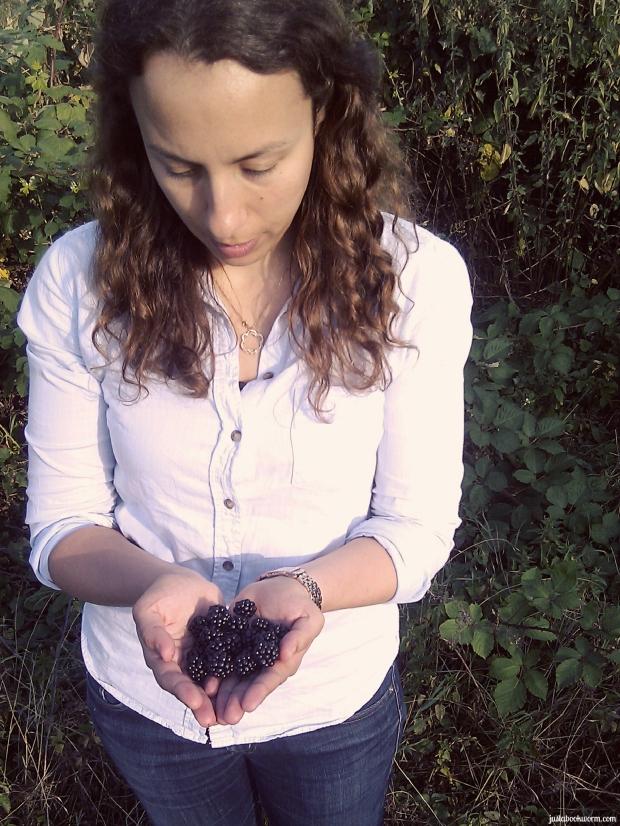 bookworm_blackberries2